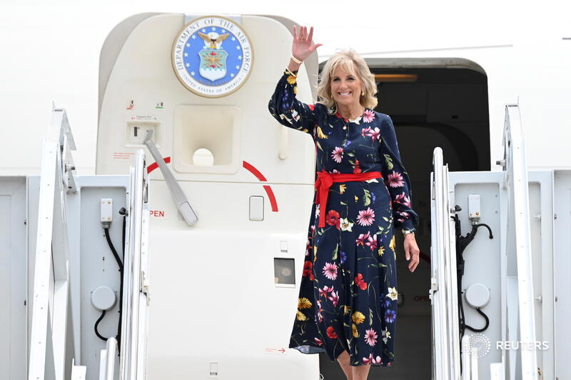 U.S. First Lady Jill Biden is leading her country's diplomatic delegation to the #Tokyo2020 Olympics, sending a message of support to a key Asian ally despite concerns about the COVID-19 pandemic https://t.co/DXOlUn09Gu   For more coverage of the Olympics https://t.co/vhgXgGkUsS https://t.co/Fx3DgjW9gX