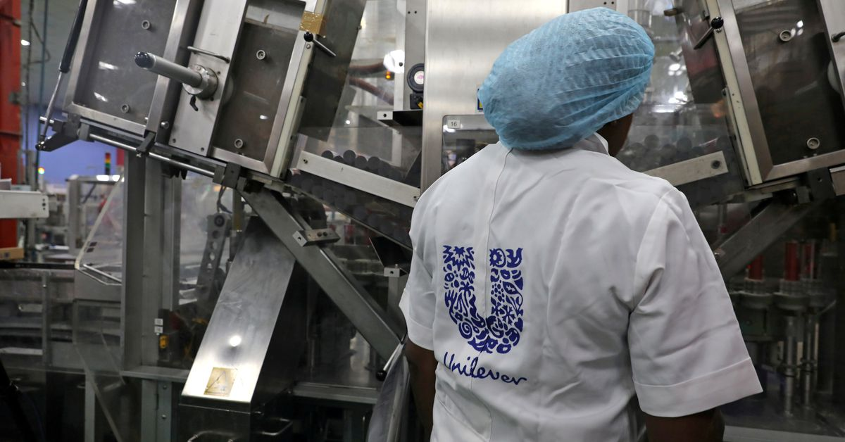 Inflation worries overshadow Unilever's strong first half, hit shares https://t.co/uNjAoOYcjF https://t.co/o4ZPLXRHuO