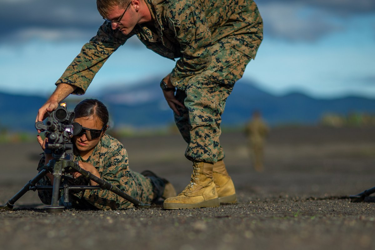 #Marines with Marine Wing Support Squadron (MWSS) 171, familiarize themselves with an M240B machine gun during exercise #EagleWrath21 at @catc_campfuji to support a #FreeAndOpenIndoPacific. #FightNow https://t.co/j3yHEznNdv