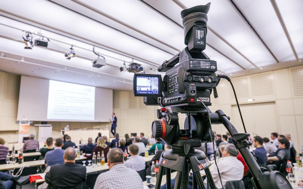 FeuerTrutz Brandschutzkongress 2021: Bis Ende Juli anmelden und Vorteilspreis nutzen! https://t.co/LytLZ20Wbr https://t.co/2PvUxSypwB