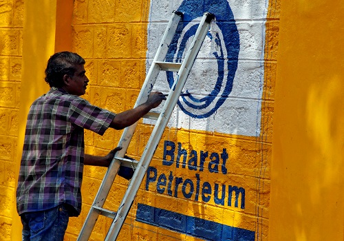 India cabinet eases foreign investment rules to aid BPCL sale - sources Photo