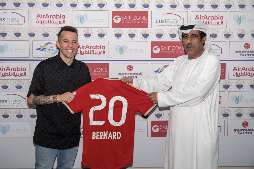 رسمياً🚨🚨: <br /><br />نادي الشارقة يعلن التوقيع مع اللاعب البرازيلي بيرنارد .