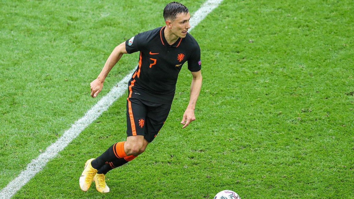 645. Steven BERGHUIS  Winger - 19.12.91 - HOL (28/2)  Prem Clubs: Watford (15-16)  Euros Debut: 21/06/2021 (North Macedonia vs. NETHERLANDS, W 3-0 - sub 46 mins)  Euro Finals: Netherlands (2021)  Euro Apps: 2 Euro Goals: 0 https://t.co/UpmdxelNys