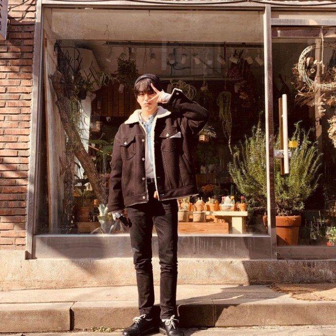 #억_재혁이_생일이다 Photo
