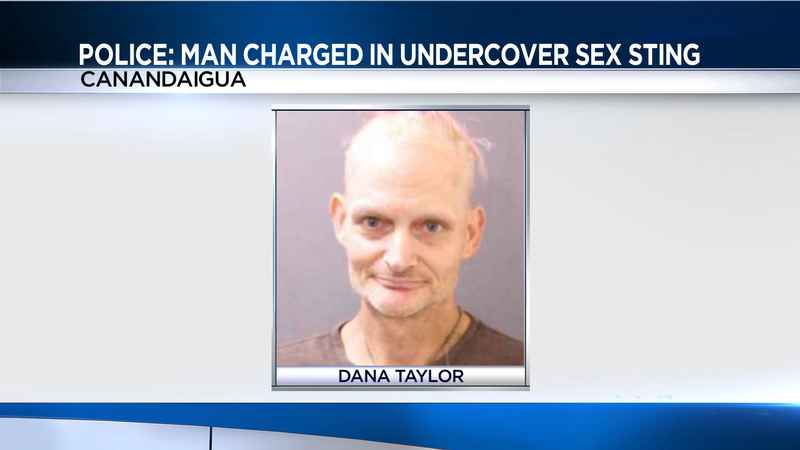 Dana Taylor, 47, charged with attempting to meet a 14-year-old for sex. https://t.co/dgFyk0NZOZ #FirstThem 👉🏿 #Metoo #WeAsOurselves 🤐 #SilenceIsViolence 🤬 #AnOpenSecret 🤫 #TimesUp ⏰#H1news 🗞️ https://t.co/IaZR4E392r