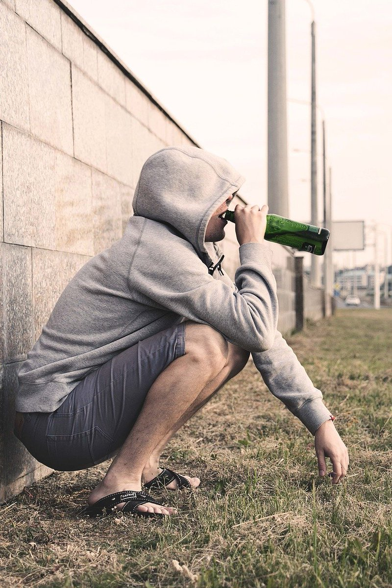 Besides the legal trouble you can get into for underage drinking, alcohol can have unpleasant side effects. Alcohol affects the ability to make the right decisions for your well-being. Not to mention, alcohol use can have negative effects on your brain. #TheresAReason