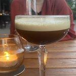 Image for the Tweet beginning: Espresso Martini. Ohne Martini. Aber