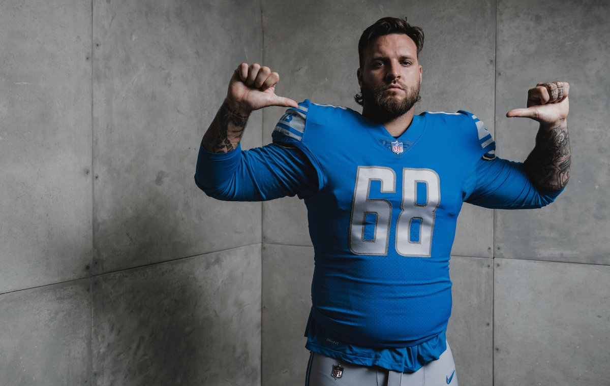 Protecting the blind side 🤛  @__taylordecker https://t.co/IYqXuAtyYv