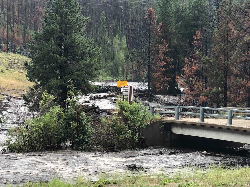 Image of #CO125 & Cabin Creek area. Rain is continuing. Water flow has increased near Hwy 40 & Hwy 125. There is some flowing water on Hwy 40, please travel with caution. #grandcounty