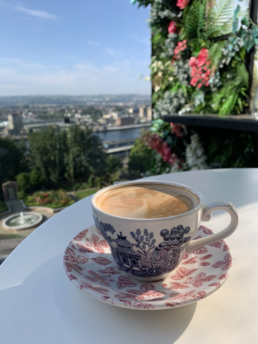 No better way to start the day than for our guests to enjoy a coffee on the Panorama Terrace in the blistering Cork sunshine overlooking @pure_cork @CBA_cork #stayunique https://t.co/1aUj2EXVSf