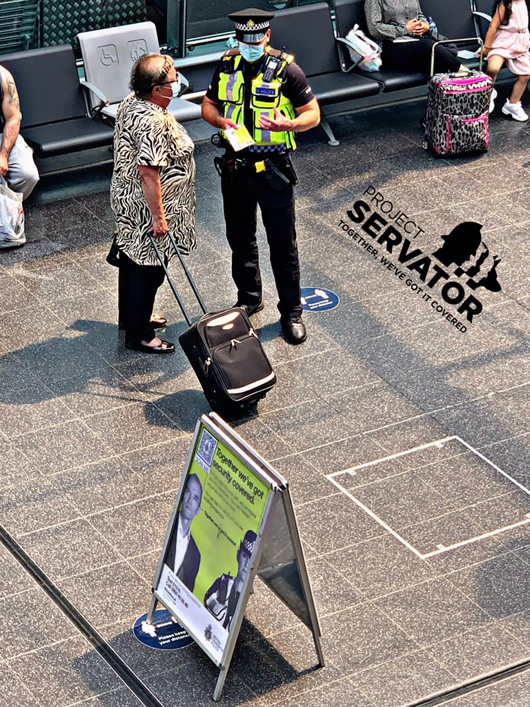 We've been @NetworkRailMAN encouraging people to be vigilant this weekend.If you 👀 or👂🏼anything suspicious we need to know.  We work with @GMPCityCentre keeping #Manchester safe. For more on #ProjectServator ➡️➡️https://t.co/d14QDqARSe  #actioncountersterrorism @BTPDogs @coopuk https://t.co/4D94AaLkV7