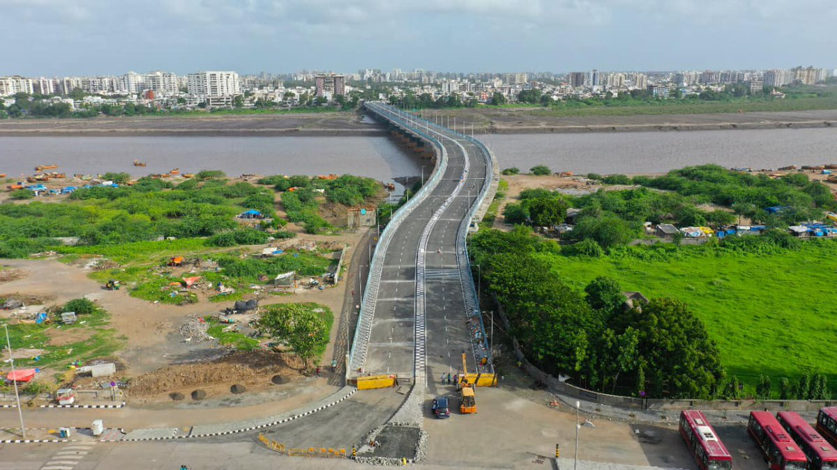 Surat gets new river bridge over Tapi connecting Pal and Umra