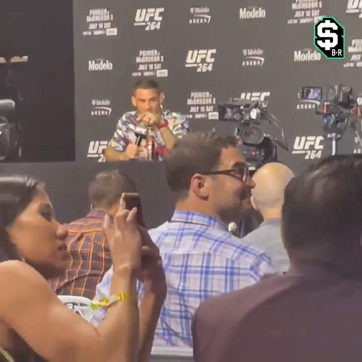 """""""Just $20"""" 👀 @br_betting  They were trolling our @ochocinco in Dustin's press conference last night 😅 https://t.co/JkpDZQCOuS"""