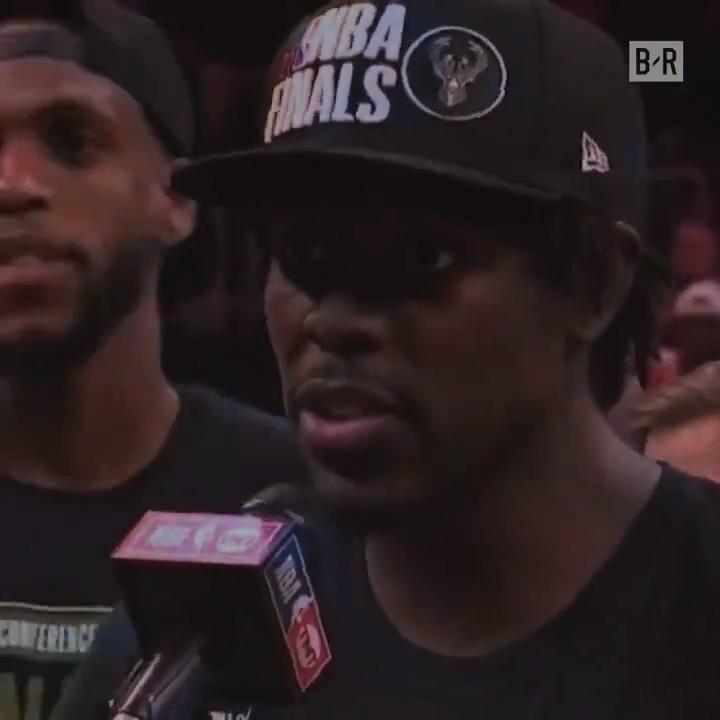 Bucks vs Suns. Game 3 🍿  Who is taking home the trophy?  (@Gatorade) https://t.co/8kITbv9evv