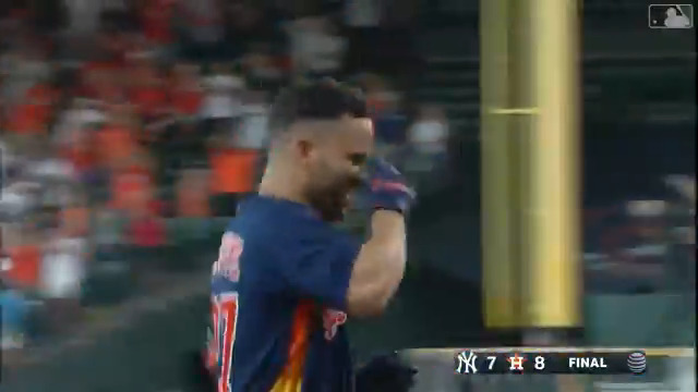 RT @BRWalkoff: Altuve walks it off against the Yankees on his jersey giveaway day 🔥  (via @MLB) https://t.co/1zXYnbHnJO