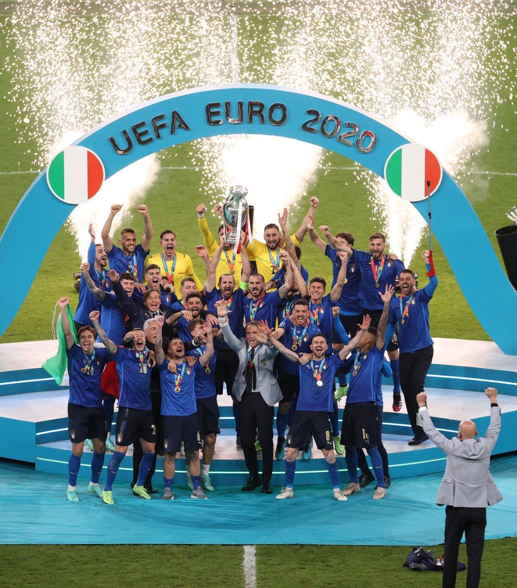 [HILO ÚNICO] Eurocopa 2020 (11 de junio y el 11 de julio de 2021) - Página 12 E6DLt12WQAsjTll?format=jpg