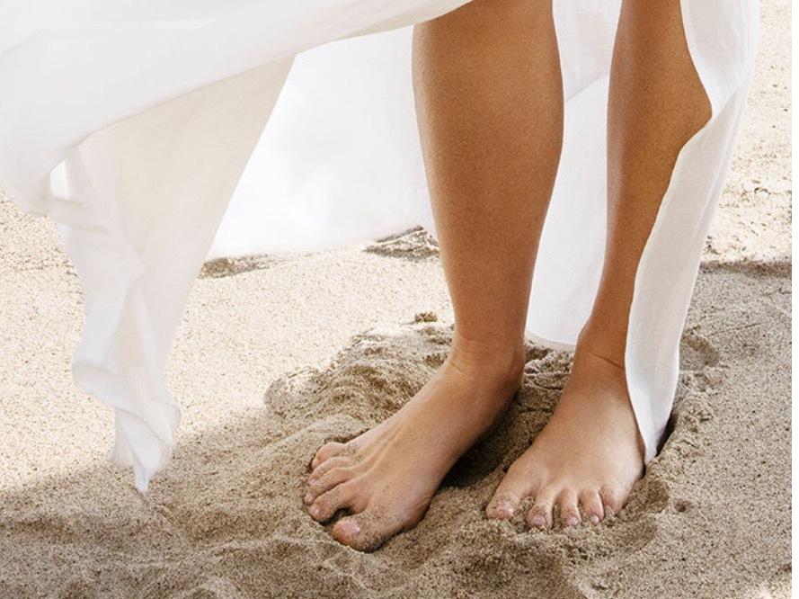 Feet gwyneth paltrow Gwyneth Paltrow