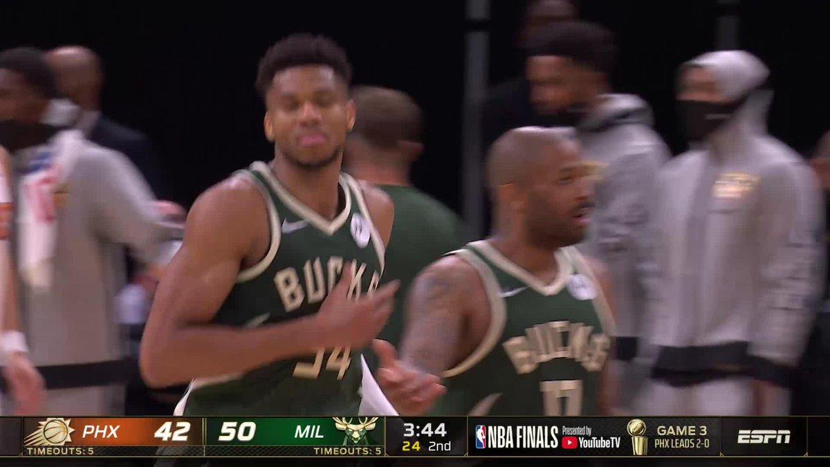 GIANNIS IS LOCKED IN.   (via @NBATV) https://t.co/0dte7tcT8Q