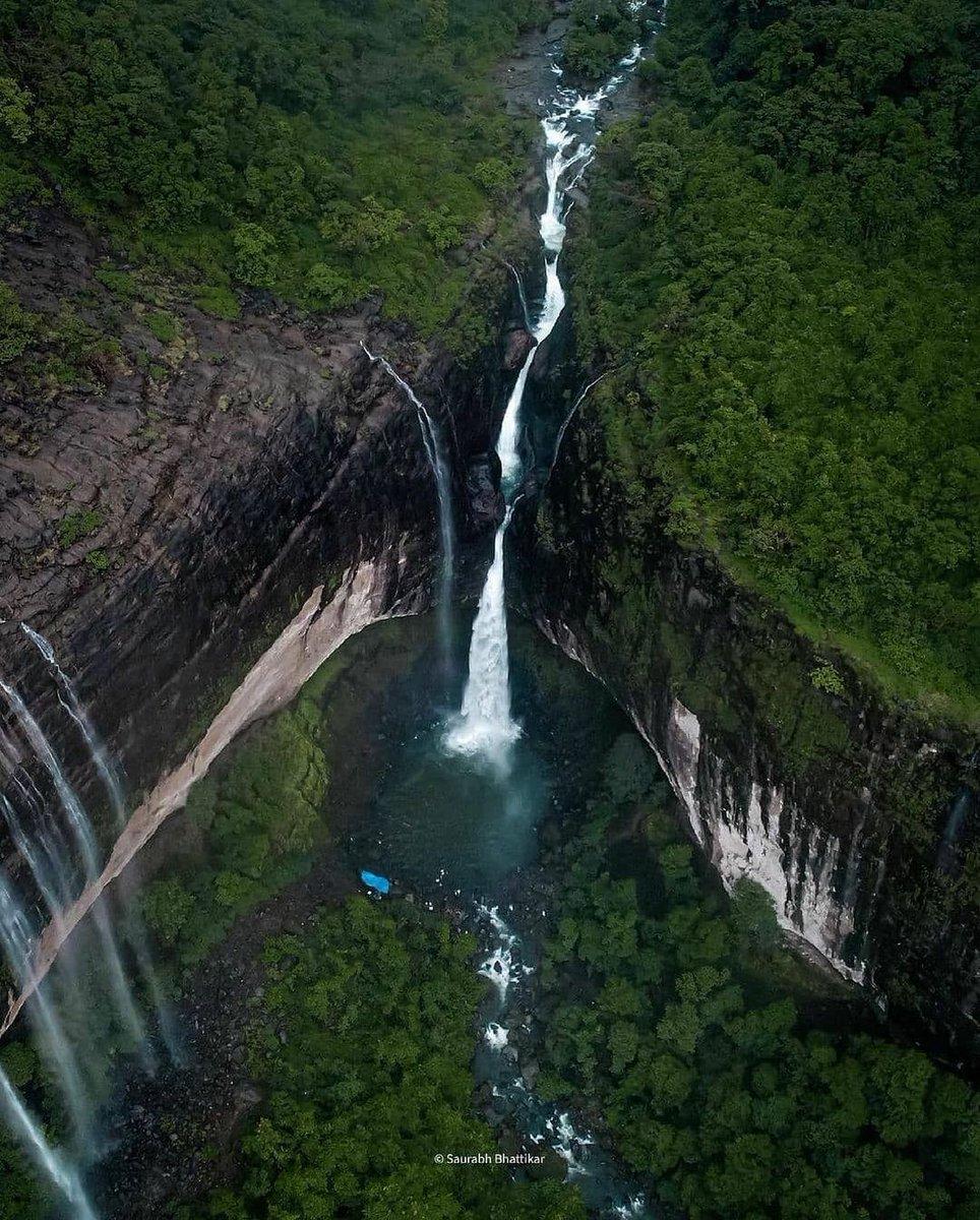 @maha_tourism's photo on Waterfall