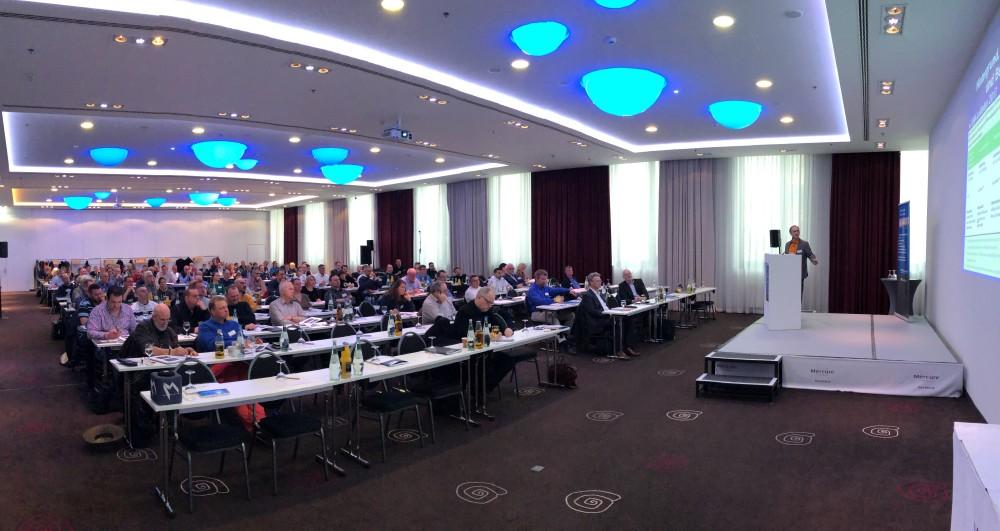 Einen Überblick über aktuell relevante Aspekte der Diagnose, Sanierung und Vermeidung von Schimmelpilzbelastungen in Gebäuden liefert die 3. Münchner Schimmelpilzkonferenz am 21. September 2021. Jetzt auch mit Livestream-Angebot! https://t.co/Ej9jOtRqF9 https://t.co/D4PC5NwtSo
