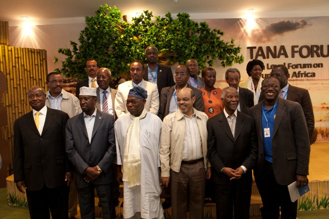 """Did you know, the first Tana High-Level Forum on Security in Africa was held on 14-15 April 2012 in Bahir Dar, Ethiopia, under the theme """"Managing Diversity and State Fragility""""?  #TanaForum #Tana2021 https://t.co/HUFYj20sGq"""