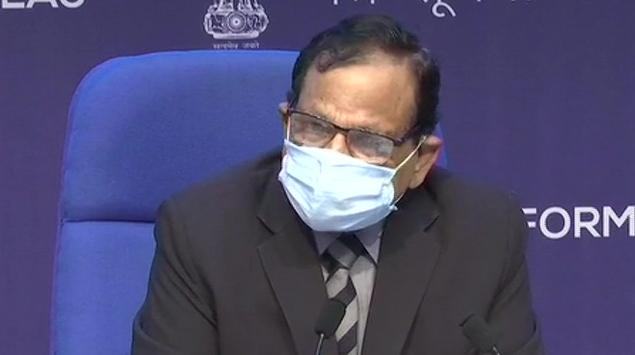 नीति आयोग के सदस्य डॉक्टर वी.के. पॉल ने कहा, कोविड महामारी खत्म नहीं हुई है और दूसरी लहर अभी जारी