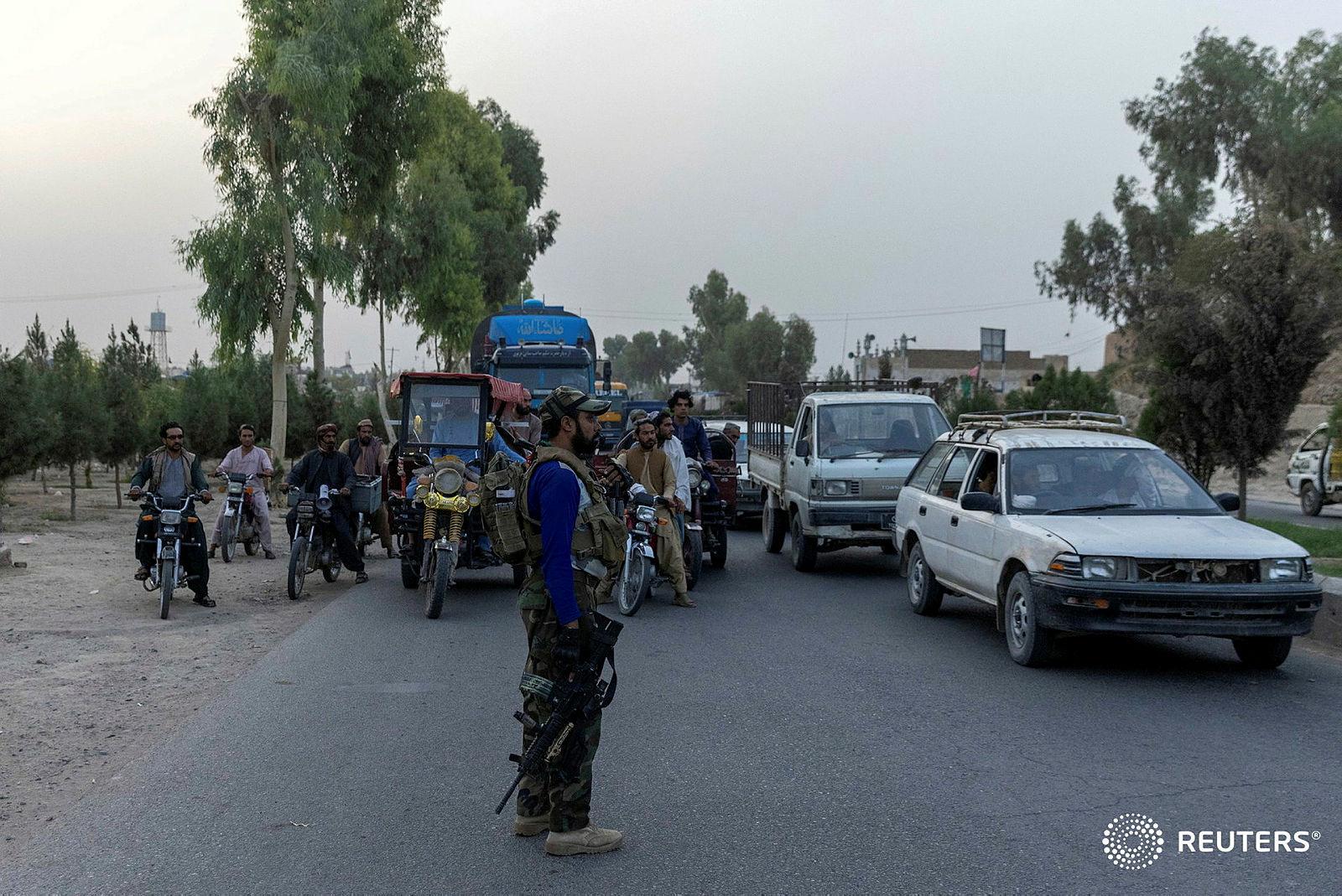 मशहूर भारतीय फोटो पत्रकार दानिश सिद्दीकी की अफगानिस्तान में  मौत - Danish Siddiqui Dies in Afghanistan
