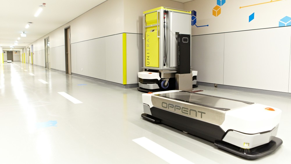 At the end of the year, @regionskane & @skanesus will introduce new robot trucks that will transport almost all goods in the Malmö hospital area. With new smart technology, time is freed up for care. It also means increased productivity, availability and safer deliveries.