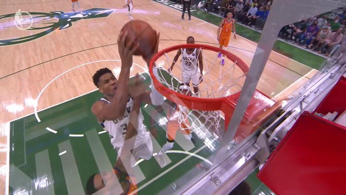 GIANNIS PUTBACK 😤  Greek Freak got up  (via @NBATV) https://t.co/ZHD44Byubn