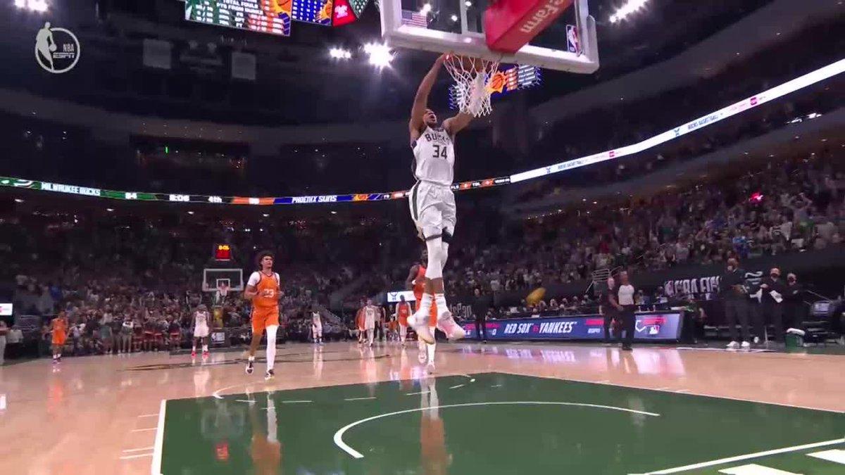 Giannis coast-to-coast 🔨  We got a game  (via @NBATV)  https://t.co/huIze8vW7D
