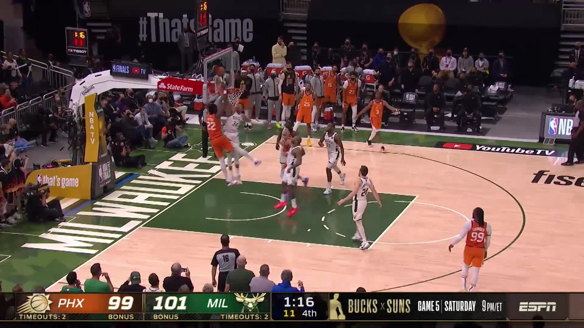 This was an all-time block by Giannis 😱 https://t.co/YQ8LHHYcgS