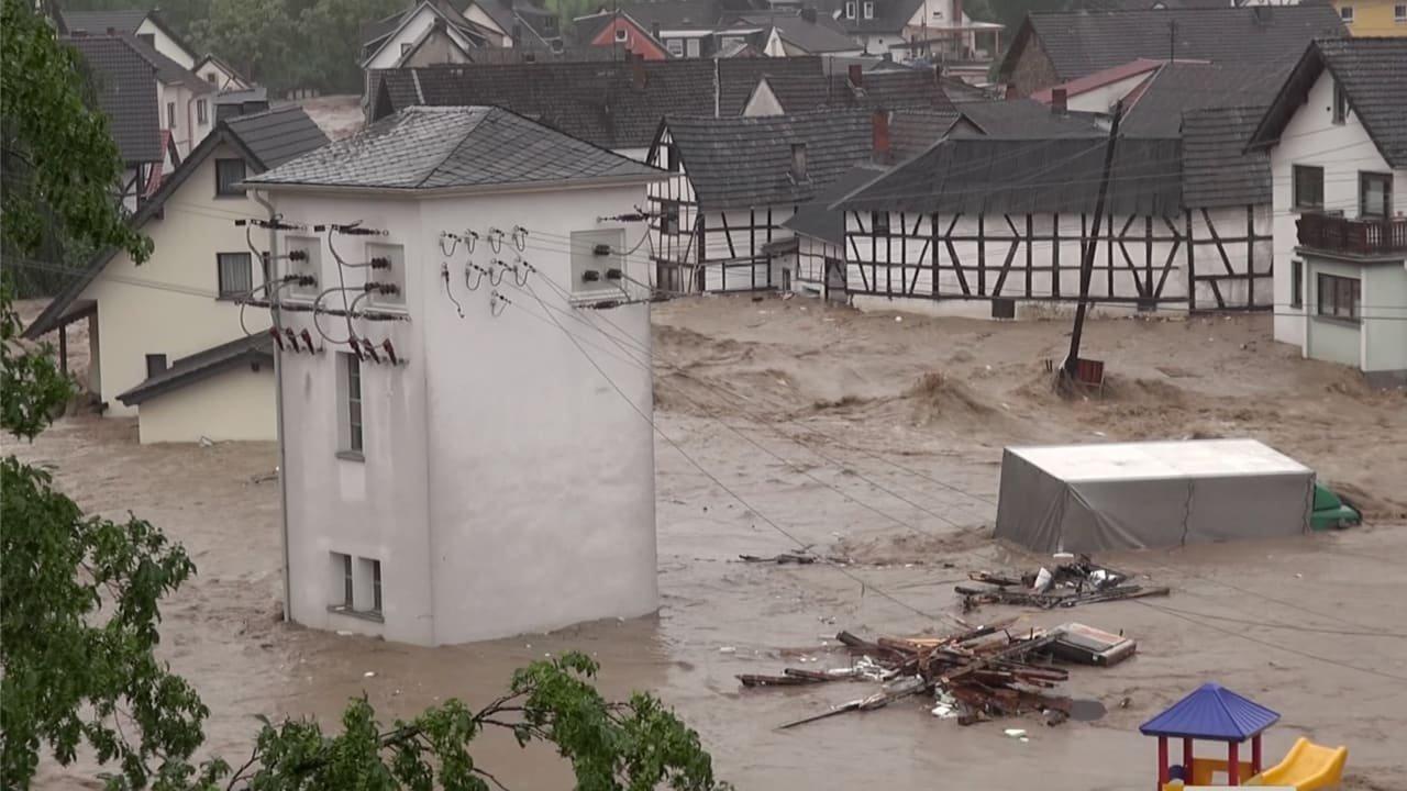 पश्चिमी जर्मनी में बाढ़ से 49 लोगों की मृत्यु