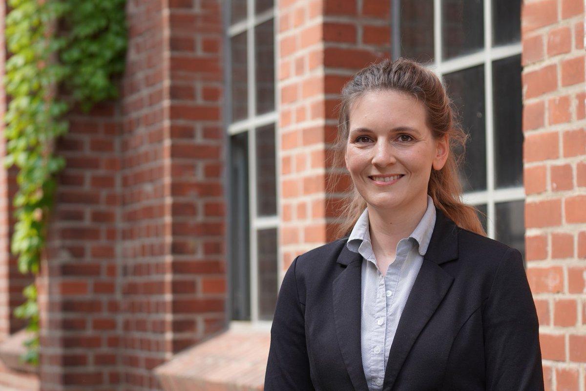 Dr. Carolin Schmitz-Antoniak ist seit Juli 2021 als Professorin für Instrumentelle #Analytik / Angewandte #Oberflächenphysik im Amt. Wo ihre Schwerpunkte in Lehre und Forschung liegen und warum sie sich für die #THWildau entschieden hat ➡ https://t.co/zUIP95WdPK #willkommen https://t.co/N1LR9DFv7Y