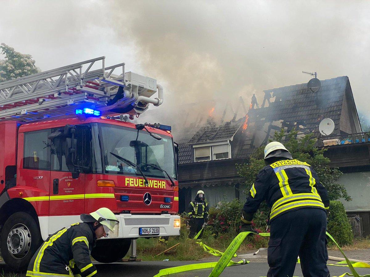 test Twitter Media - Feuerwehr Nordhorn unterstützt Feuerwehren der Samtgemeinde Neuenhaus bei Dachstuhlbrand https://t.co/3I3bXbdEgV https://t.co/MrRu1jTOus