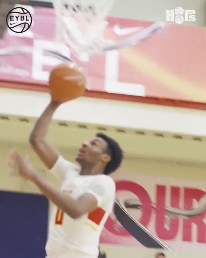 Bronny out here Eurosteppin' on 'em @br_hoops https://t.co/7QhbFQZVWm