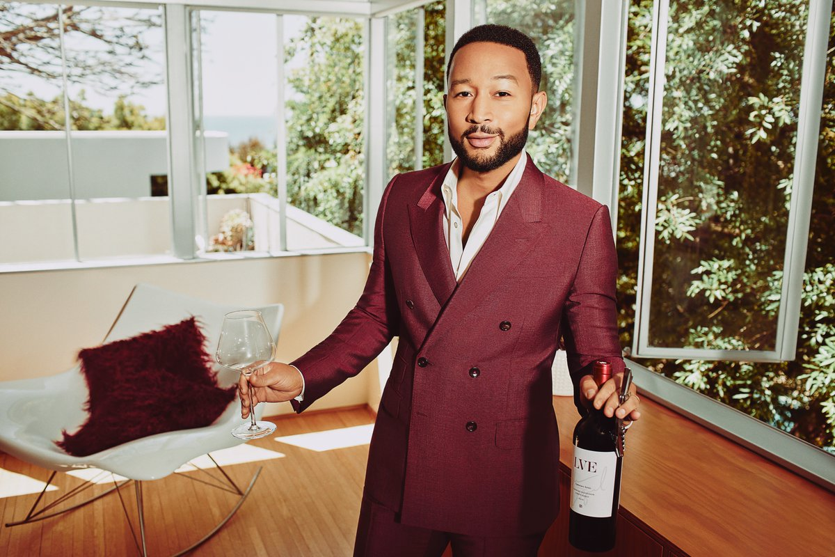 Find our newest Cabernet and Chardonnay in a @TotalWine and @OakvilleGrocery near you! @JohnLegend's new Signature Series will have you singing your praises (but we can't guarantee that you'll sound as good as him). Cheers! For more information: https://t.co/BGKWTVe5lr https://t.co/k7eb5XhAFU