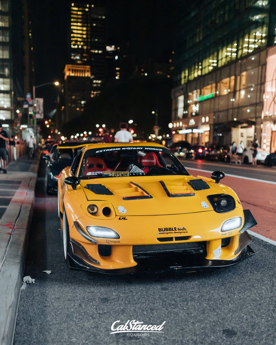 RT @CalStanced: Sick RX7 at Times Square, New York. What a sick build, what's your thoughts on this? 👇 https://t.co/aIQeSuOZG8