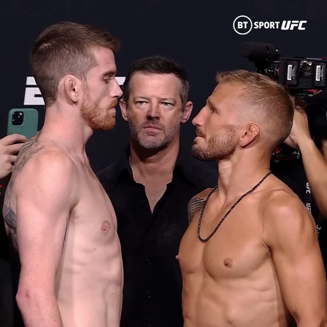 Sandhagen v Dillashaw  One of the best bantamweights on the planet welcomes back the former champion.  This one is going to be electric! ⚡️  #UFCVegas32 | Saturday 10pm | BT Sport 2 HD https://t.co/soPe0ocTpe