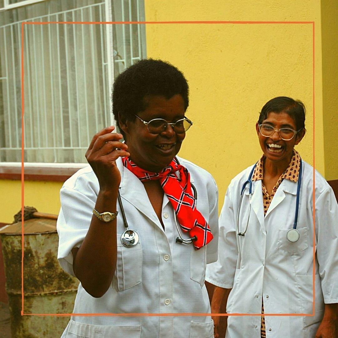 Ricordiamo oggi laDottoressa Elizabeth Tarira, medico e donna simbolo della battaglia all'AIDS in Zimbabwe all'Ospedale Saint Albert dove ha salvato migliaia di vite. Portiamo nel cuore il suo esempio che ci guida ancora oggi. Grazie ELIZABETH❤️@triomedusa