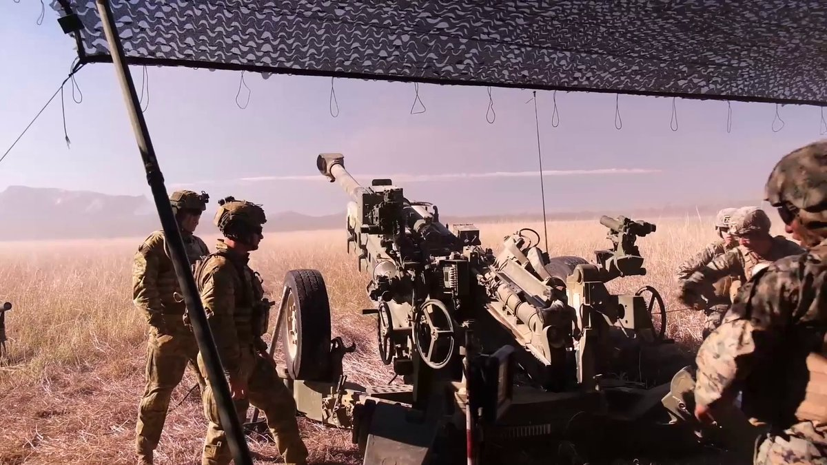 At Shoalwater Basin Training Area, @USMC Marines, deployed with @31stMeu, train side-by-side with @DeptDefence #AusArmy to provide artillery support during Exercise @TalismanSabre. Here comes the boom! #TS21 https://t.co/SdEAsjMjAd