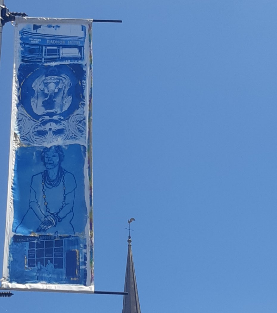 The new banners on St Nicholas Street look brilliant. The stories they highlight will be revealed by QR codes soon. Brought to you by the very talented The Lamplighters, with images from @bristolarchives & @bristolmuseum 😊 @DeeMoxon @Brisarts_events @stnicksmarket https://t.co/UMRzPHJQqF