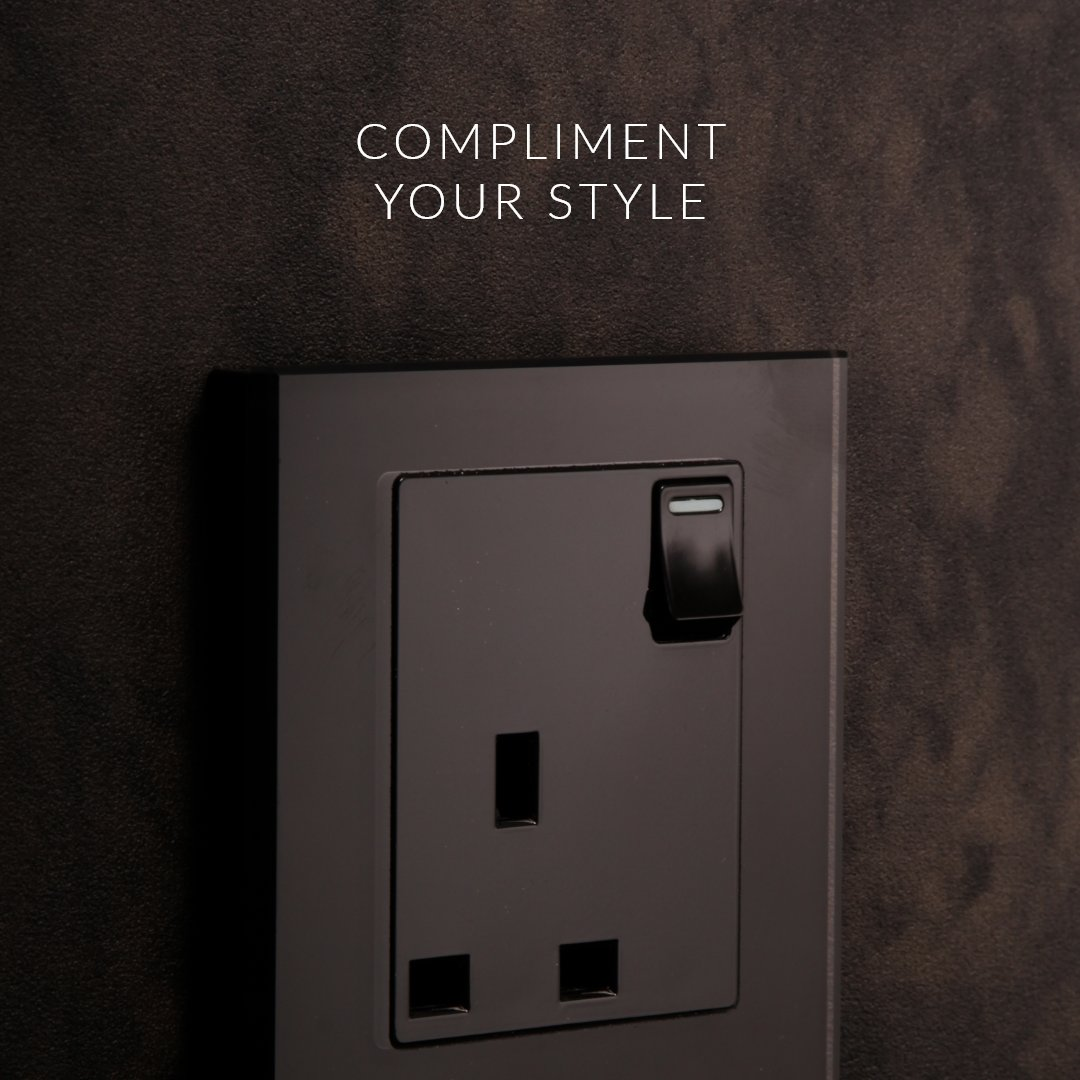 Choose your wall colour or design and match it with a range of switches that complement that style. retrotouch.co.uk/plug-sockets/c… #style #interiordesign #plugsockets #walloutlet #black