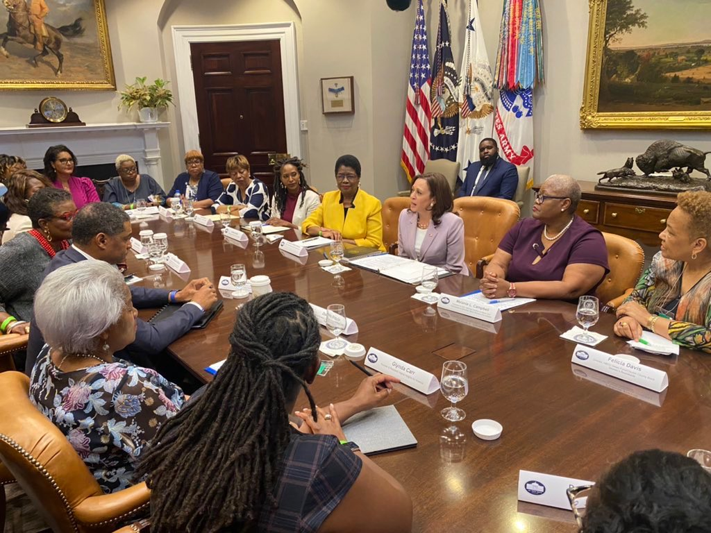 Grateful to join fearless intergenerational women led by @coalitionbuildr & @ColeJohnnetta in meeting today with @VP & @CedricRichmond on urgency of nationwide campaign for national voting rights law @donnabrazile https://t.co/zHQ5gguwHr