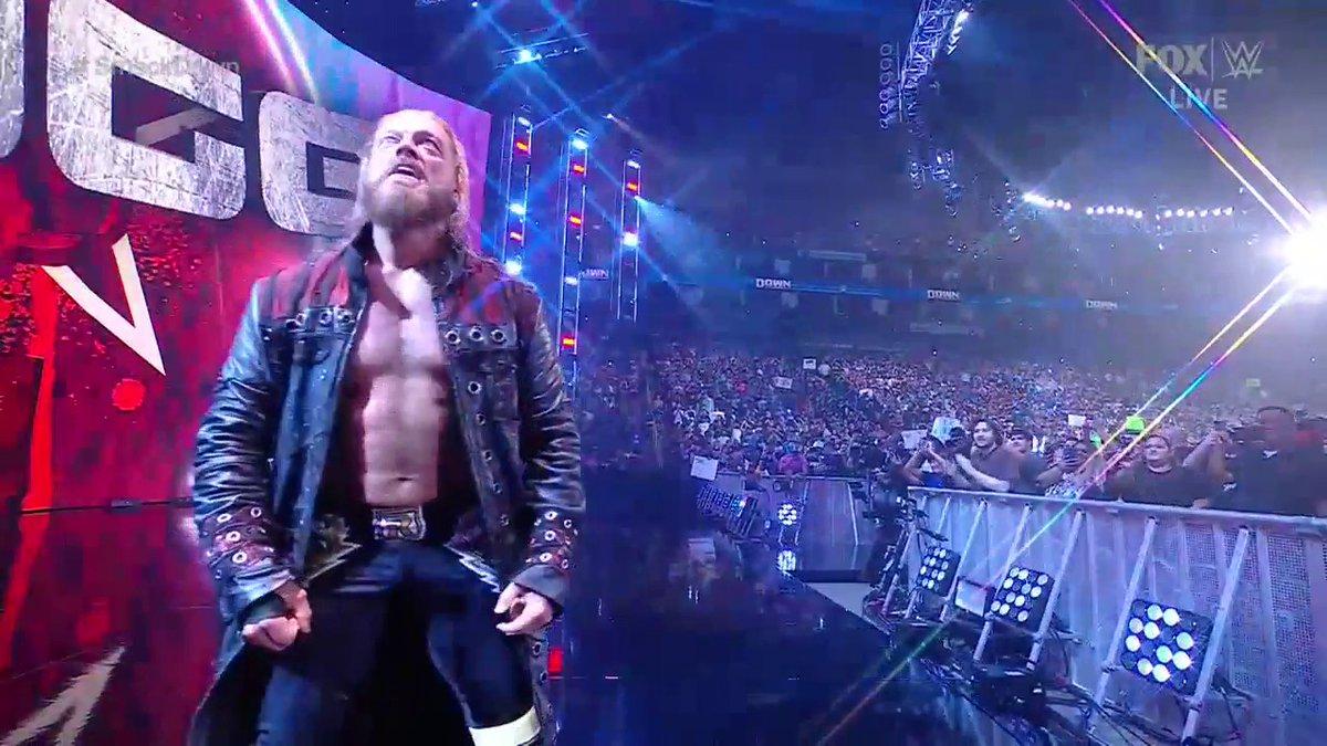 RT @BRWrestling: THIS EDGE POP 🔥🔥🔥🔥  (via @WWEonFOX)   https://t.co/eS3vSedLP8