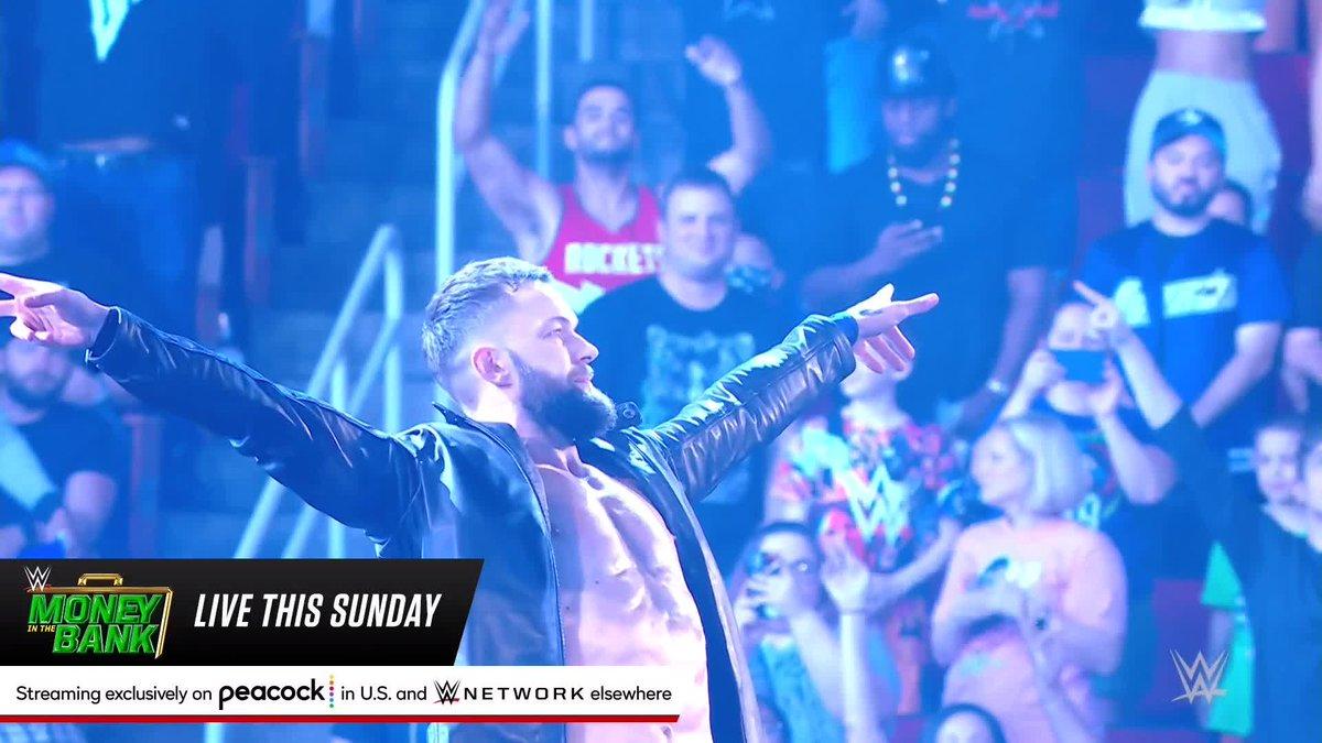 THE PRIN❌E HAS RETURNED.  @FinnBalor is back on SmackDown.  (via @WWE) https://t.co/o3sz8J7IWZ