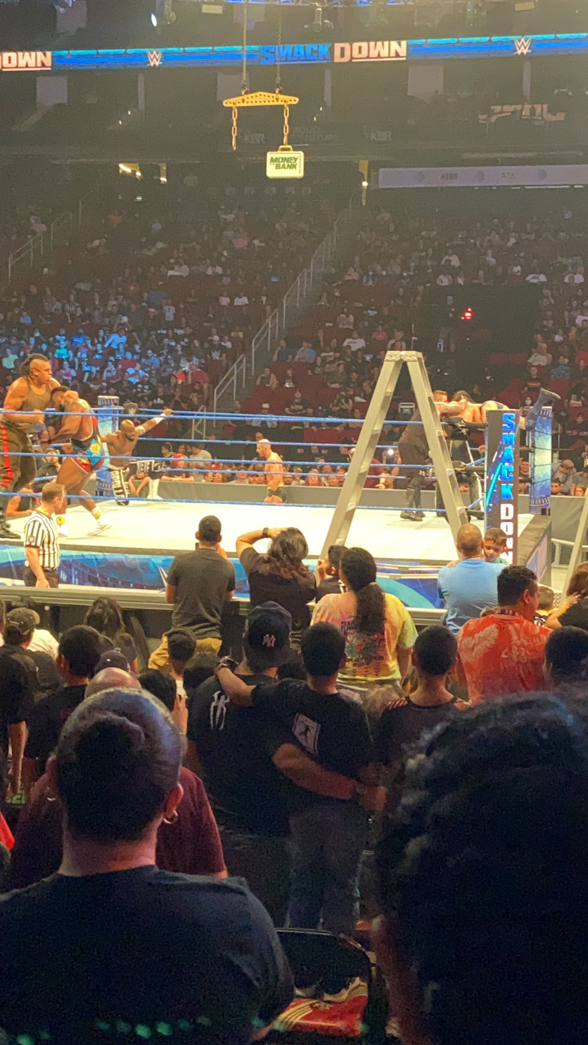 Smackdown July 16 Post-Show: Roman Reigns Shows Middle-Finger; Battle Royal 35
