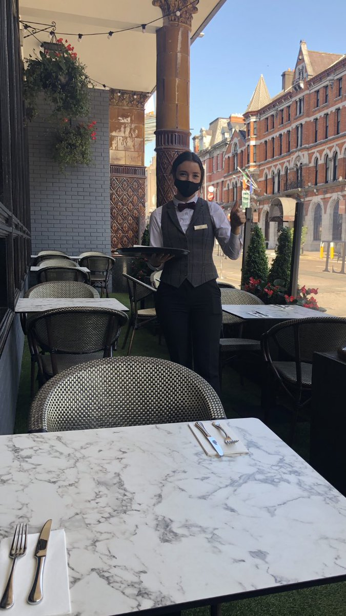 Oh what a beautiful morning and Brid is busy setting up our outdoor terrace for another busy day! #outdoordining @TrigonHotels @The_VQ_Cork https://t.co/2XhRH0tBIv