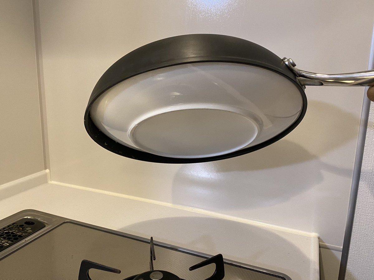 フライパンにお皿がハマってしまった!それにより封印されたカニたまが面白すぎる!