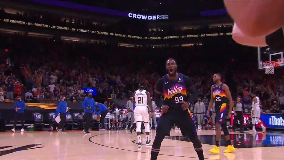 JAE CROWDER SLAM 🔨  (via @NBATV) https://t.co/44WJUtfHGb