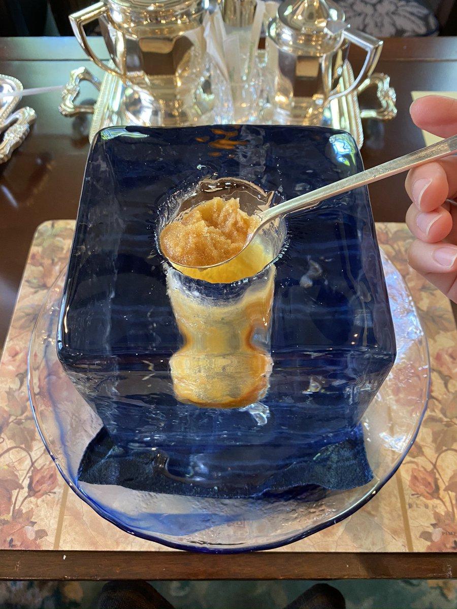 横浜・元町商店街にある『無』という喫茶店のアイスコーヒーがすごい!巨大な珈琲の氷が浸かった斬新なメニューに驚愕!